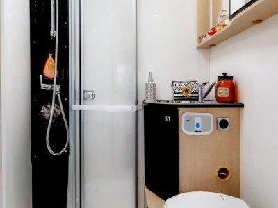 /thumbs/fit-400x300/2020-10::1604040192-performance-p680lj-salle-de-bain.jpg