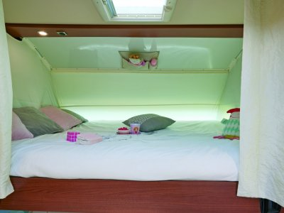 /thumbs/fit-400x300/2020-12::1608711153-passion-i730lca-lit-cabine.jpg
